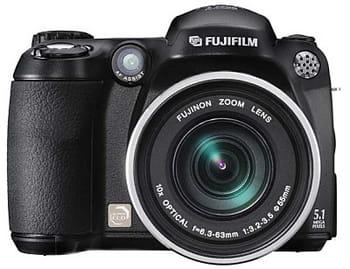 Fujifilm finepix s5600 test et avis sur l 39 internaute for Fujifilm finepix s1600 avis