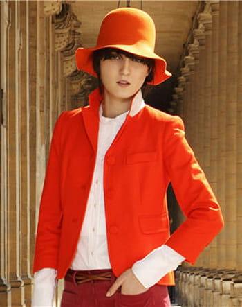 Veste orange de Mademoiselle Tara