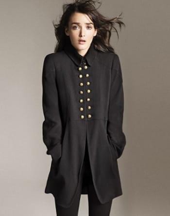 manteau noir de zara test et avis sur l 39 internaute bricolage. Black Bedroom Furniture Sets. Home Design Ideas